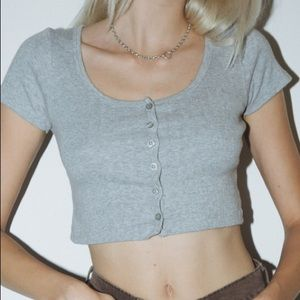 Brandy Melville zelly cropped button up